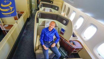 Qantas: First Class Australia to Los Angeles